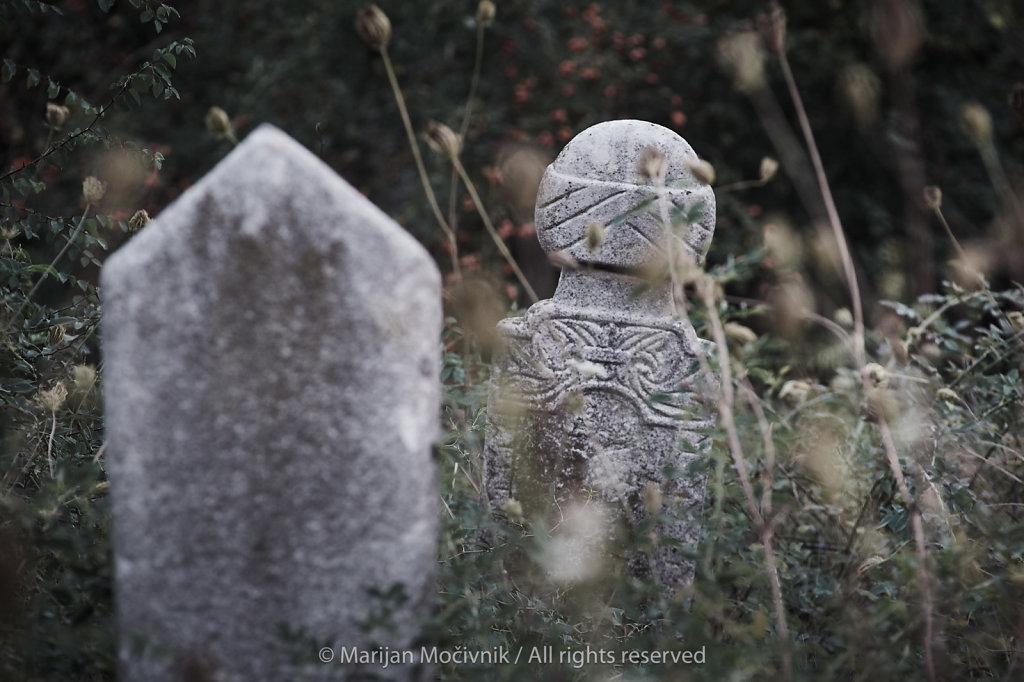 Muslimansko-pokopalisce-Skopje-Makedonija-0394-2048.jpg
