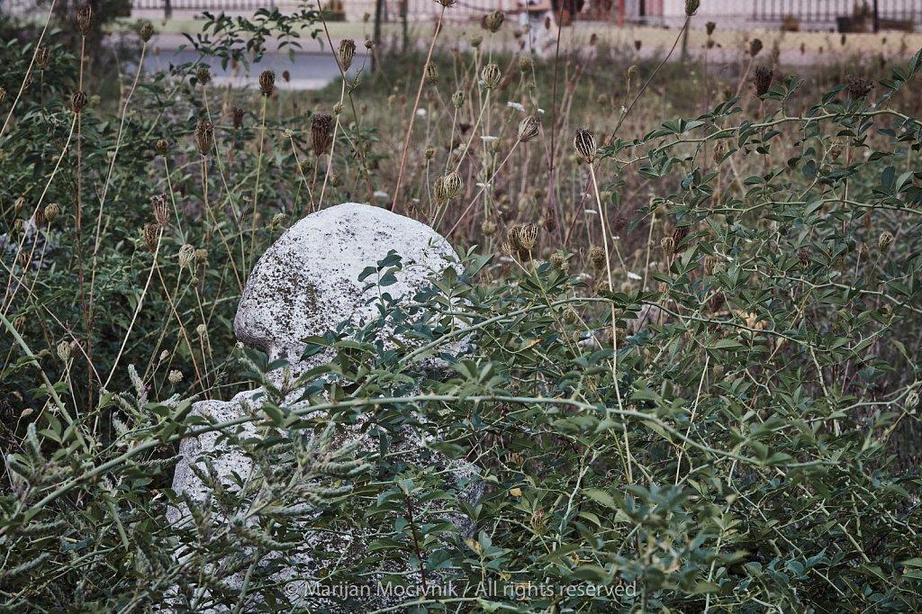 Muslimansko-pokopalisce-Skopje-Makedonija-0403-2048.jpg